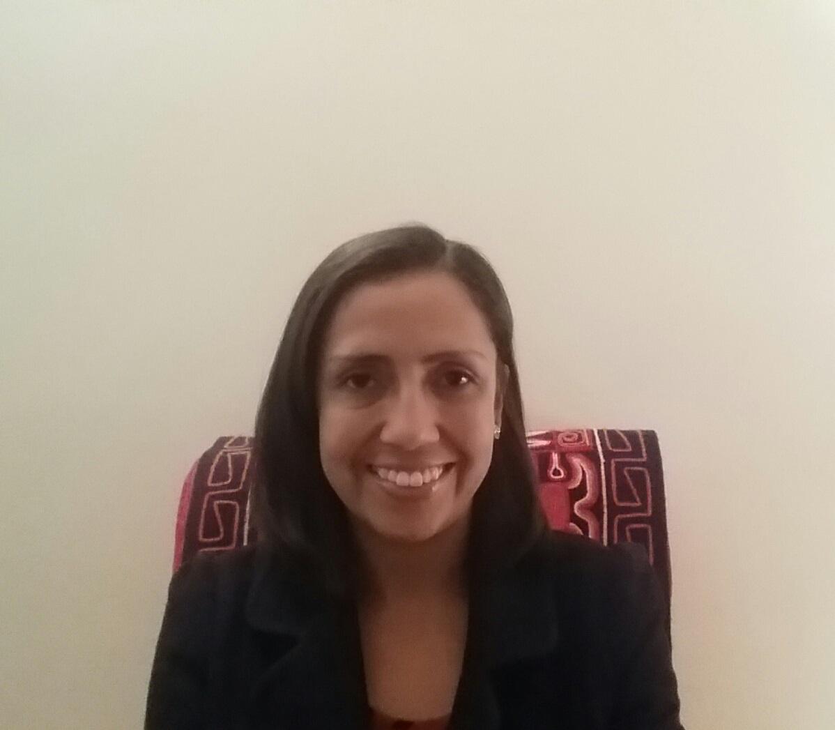 Using a Narrative Framework to Receive Testimonies of Trauma by Viviane Oliveira / Usando o Questionário para se receber testemunhos de trauma por Viviane Oliveira