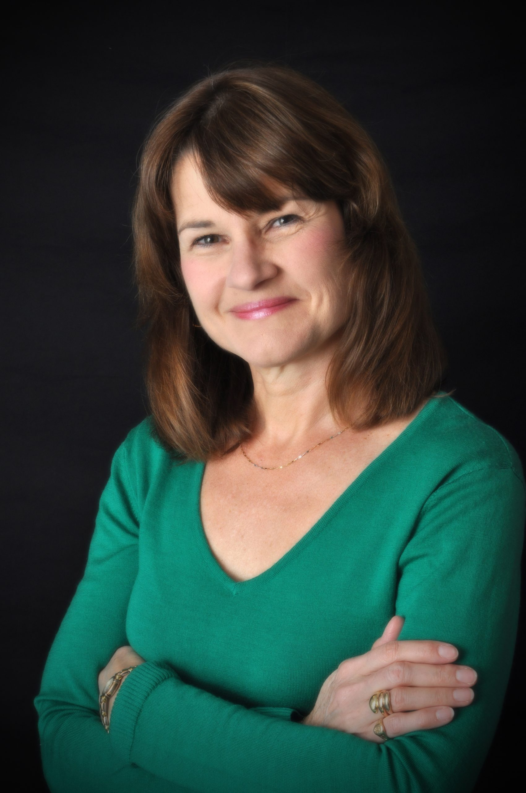 Read more about the article Conversations on the Fringe of Faith by Robyn Brown-Hewitt